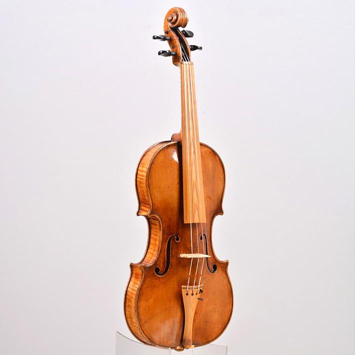 Stradivarius with Sonowood