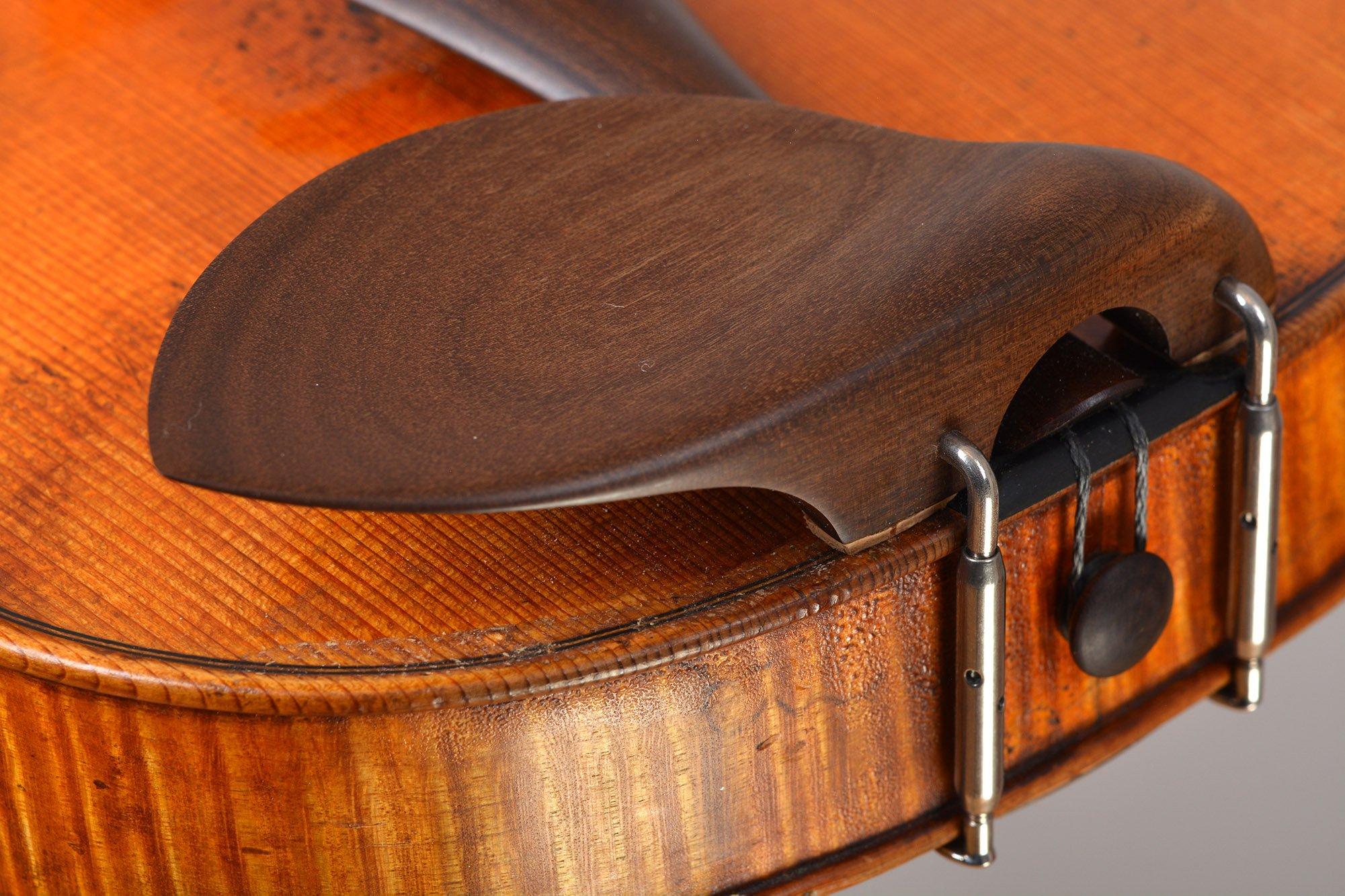 Chinrest from Sonowood maple made by Wilhelm Geigenbau