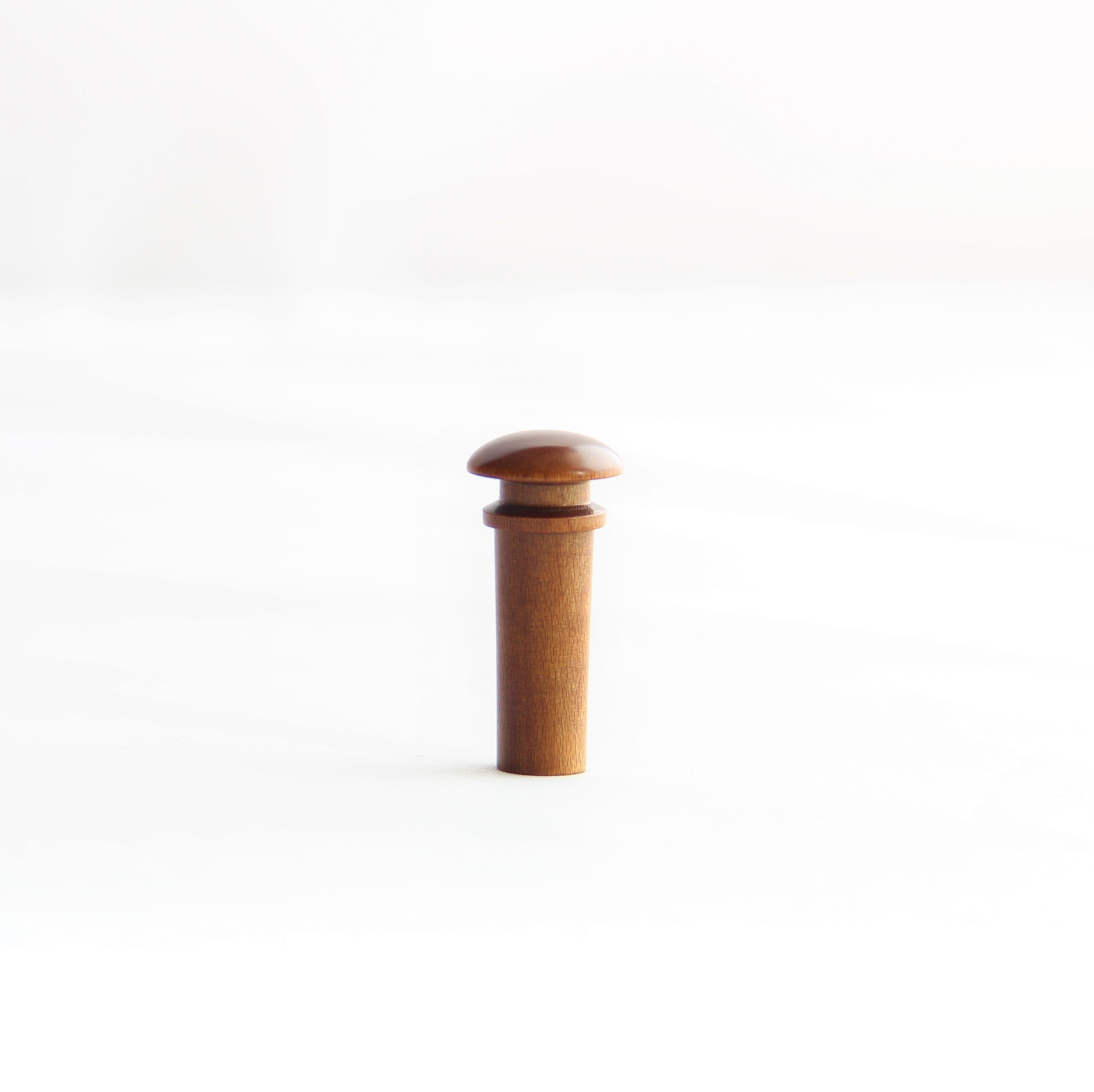 Endbutton from Sonowood maple made by Berdani Feinste Bestandteile