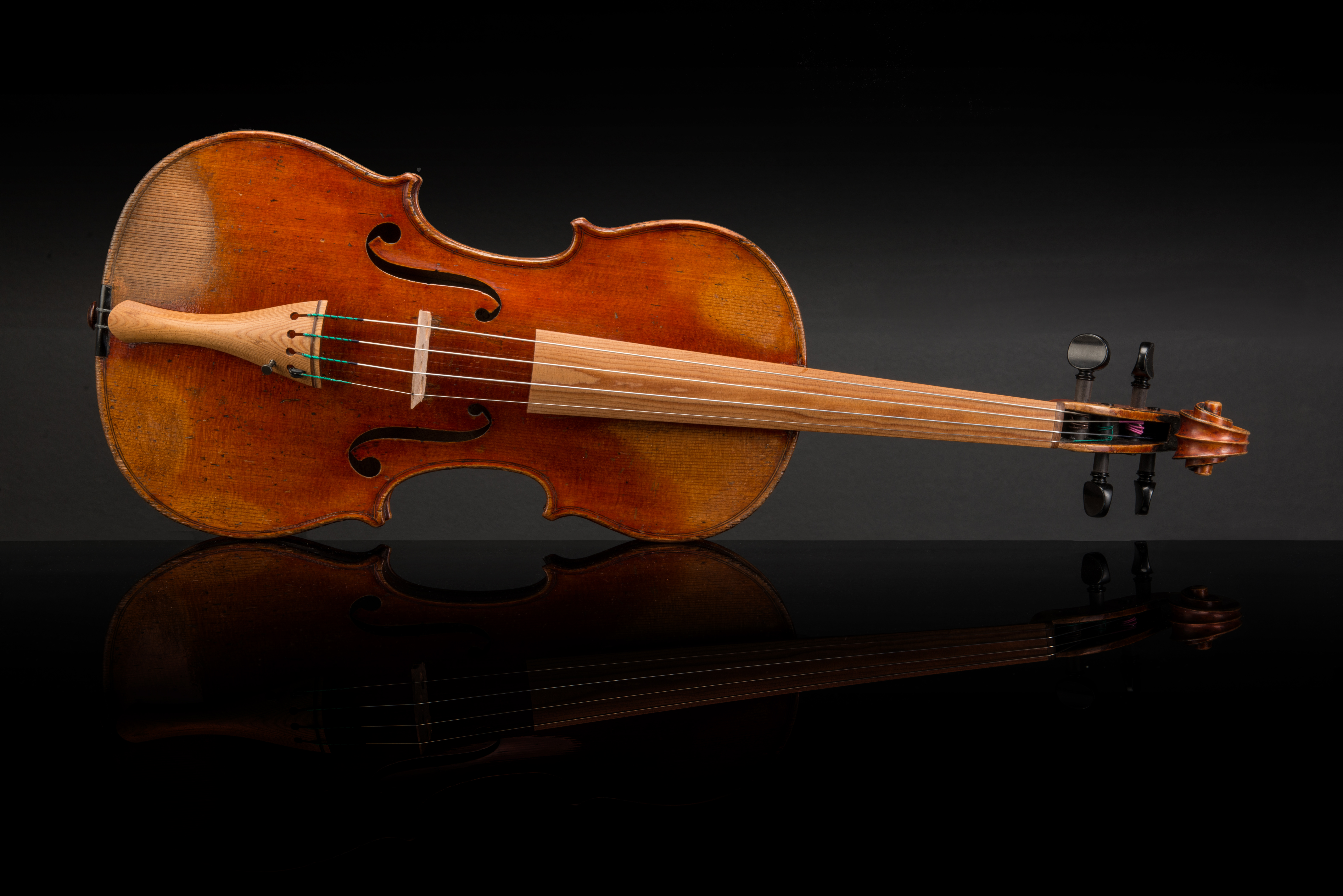 Charles Gaillard 1863 with a fingerboard and tailpiece from Sonowood spruce made by Wilhelm Geigenbau. Photo: The Strad Magazine